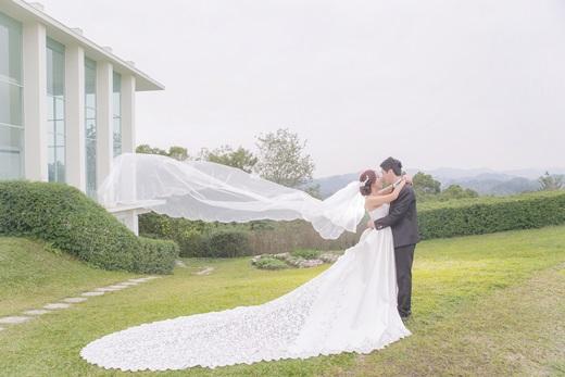 台中婚紗推薦婚紗會館,每一張婚紗照都好美好有風格喔!