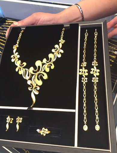 【台中黃金買賣】時尚大器的金飾禮盒來這一家銀樓就對了■推薦分享我的結婚金飾,價錢公道,價格合理|各類風格的結婚金飾都有