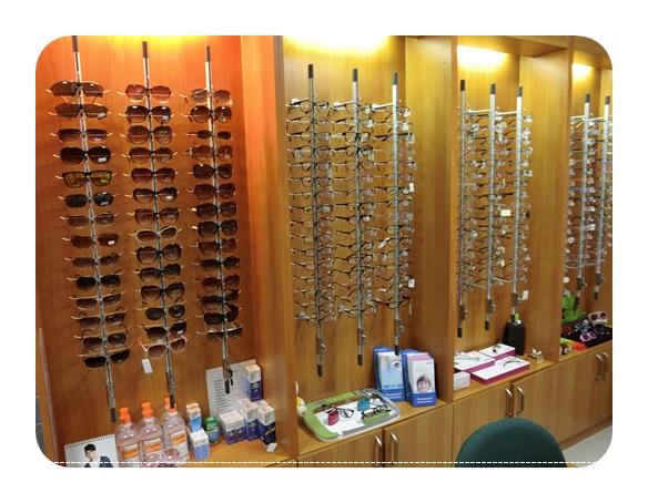 台中眼科,眼科雷射後遺症分享,台中近視矯正,陳永煌醫師,台中,眼科,台中眼科,近視雷射,陳永煌,眼科推薦,眼科診所,台中眼科權威,台中近視雷射,近視雷射手術,近視雷射費用,近視雷射費用,近視雷射後遺症,近視雷射失敗,近視雷射手術