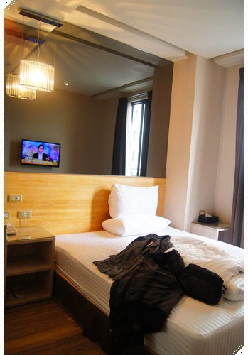 【台中商務旅館】《台中逢甲商旅》台中商旅評價推薦,台中住宿又在逢甲附近的逢甲旅館motel還蠻便宜的喔