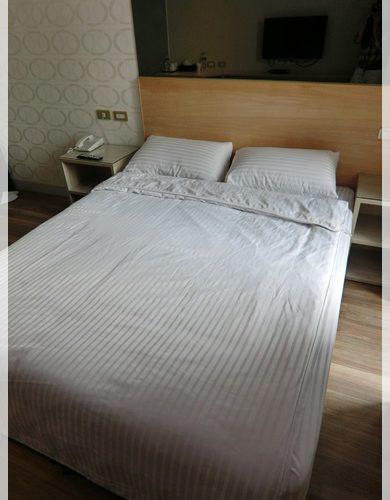 台中商旅推薦●台中便宜平價旅館逢甲商旅住宿推薦-,溫馨精緻小巧的小套房,真的令人印象深刻,滿意度超高~