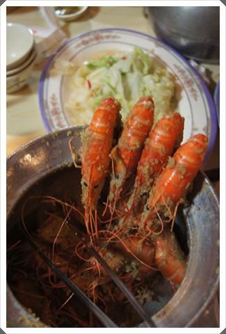 【新竹聚餐餐廳】新竹海鮮活蝦料理推薦海鮮餐廳,公司慶生會聚餐好澎拜,黃金海岸超新鮮活蝦吃得過癮!!