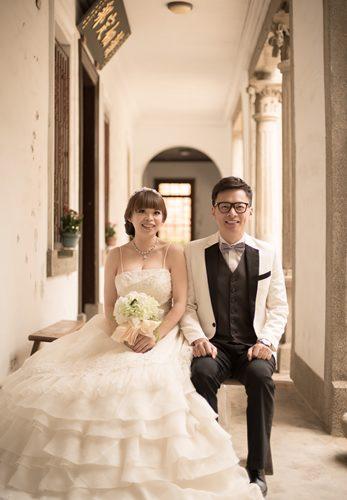 【彰化自助婚紗】分享彰化婚紗攝影工作室◆比自己搞自助婚紗還輕鬆.全館婚紗禮服不加價.彩妝造型讓我好滿意!