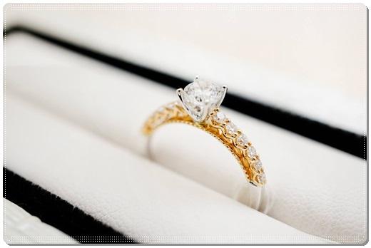 【台中gia鑽石價錢】台中***的婚戒設計超美,就決定要訂做他們的婚戒了,而且gia鑽石價錢價錢也很划算~~