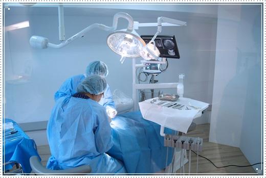【台中植牙推薦】查詢台中植牙診所分期推薦牙醫,在信任的牙醫診所植牙真的超有保障的~