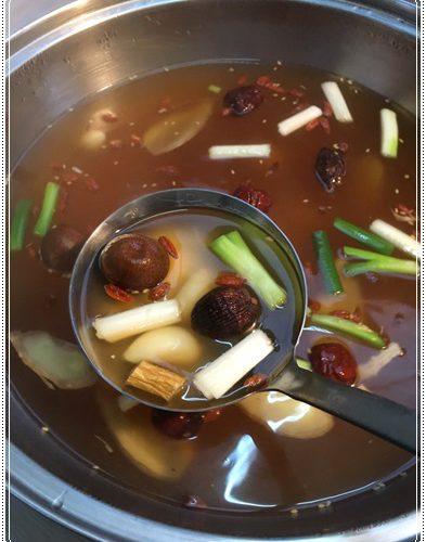 【火鍋湯底】準備露營料理推薦宅配原味養生火鍋,超多人團購的~也真的好好吃好養生喔!