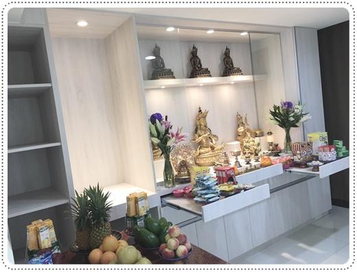 【台中系統櫃】分享家中莊嚴神聖的佛堂,推薦台中帕瑪系統家具謹慎訂作測量規格施作,佛櫃系統櫃完工。