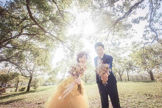 【台中婚紗公司推薦】頂級台中婚紗店婚紗公司婚紗攝影技術有許多網友推薦!是讓我們覺得不後悔選擇的台灣婚紗公司!