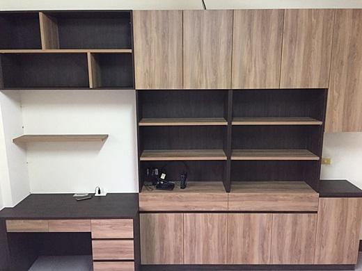 【台中系統櫃】品質好的台中系統傢俱介紹,設計簡約有質感,專業的裝潢估價,感謝公司同事的大力推薦,讓我們家煥然一新囉!