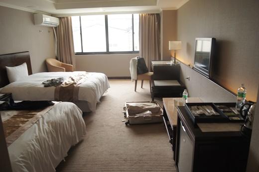 【台中一中住宿推薦】台中北區的飯店住宿經驗分享,在網路上評價還不錯,住過覺得整體的CP值很好呢!