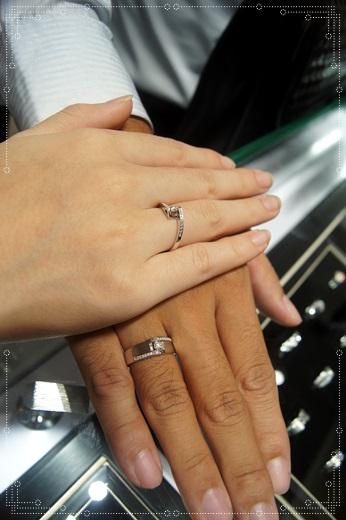 【gia鑽石】高雄婚戒分享到gia鑽石價格公道的高雄金飾店買鑽戒,品質好外,評價也相當高~相當別緻又特別的gia鑽戒!