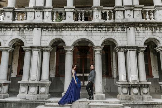 【高雄禮服出租】分享我們愛的紀錄!介紹到不管是手工訂製禮服還是其他婚紗禮服都很有質感的高雄婚紗店婚紗攝影公司,評價相當高唷!