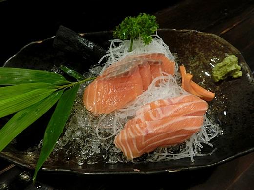【台中居酒屋燒烤店】網友超推薦的台中精誠路附近日本料理,果然是聚餐好地方,隱藏在台中的日式串燒燒烤店~超好吃的啦!