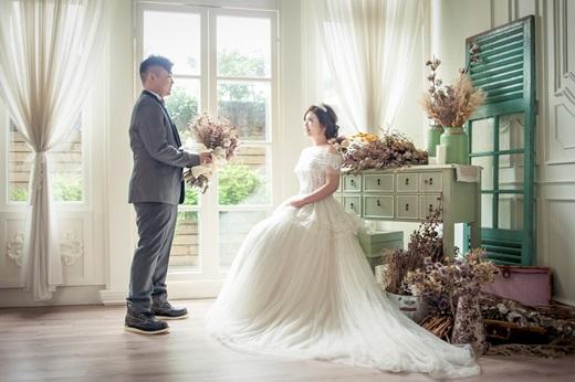 【台灣婚紗公司】看了台中婚紗攝影推薦~我們去的台中婚紗店很用心,擁有超完美的婚紗照~朋友看了都超羨慕呢!