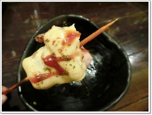【台中美食餐廳推薦】分享台中日本料理餐廳的特色串燒美食~是宵夜聚餐的好地方!!燒烤真的好好吃唷~~