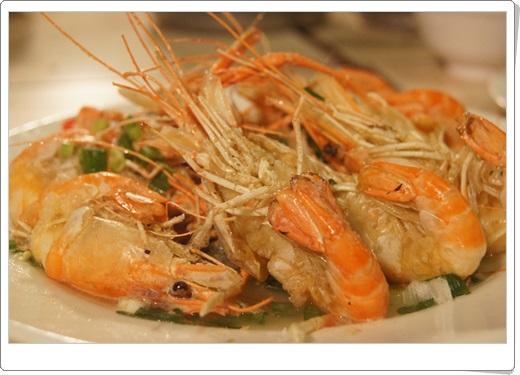 【高雄美食餐廳推薦】高雄活蝦餐廳很推薦,是相當有名氣的聚餐餐廳呢!他們的現撈海鮮評價更好~高雄餐廳好吃的美食根本不用煩惱!