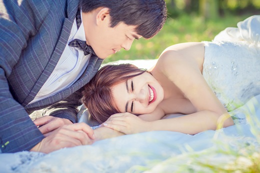 【台中婚紗公司推薦】最專業的婚紗攝影就在這~看了台灣很多婚紗業者的價錢及專業度還是台中這間婚紗讓我最想分享給大家~