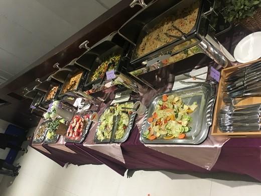 【戶外婚禮】台中婚禮外燴這家超推薦!PTT上網友們都在討論的歐式外燴自助餐~◎這家準備的buffet又新鮮又好吃!