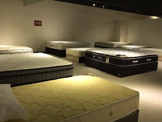 【床墊工廠推薦】天然的乳膠床墊好難找?來這家五股傢俱店就對啦~各種品牌都有§看過這麼多家比較過後還是最愛這間家具店的床墊~