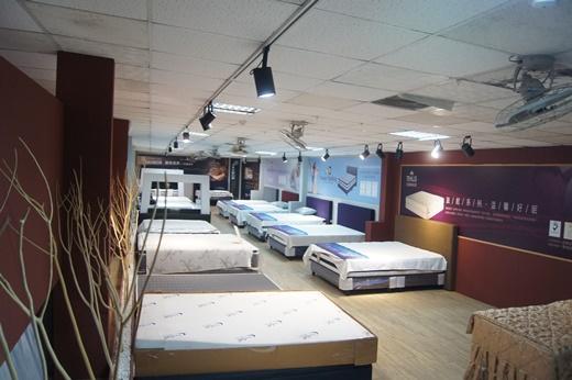 【桃園傢俱工廠】床墊品牌評價優質的獨立筒、天然乳膠床墊這裡都有◎比中壢還有各處床墊專賣店更令人安心※桃園床墊這裡買