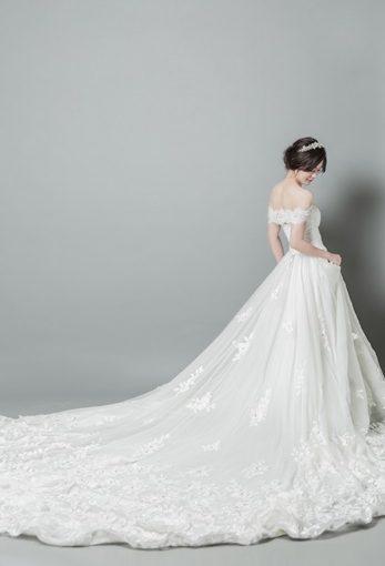 【台中婚紗】婚紗店推薦▲頂級手工禮服加上細膩拍攝手法的絕讚→台中婚紗公司