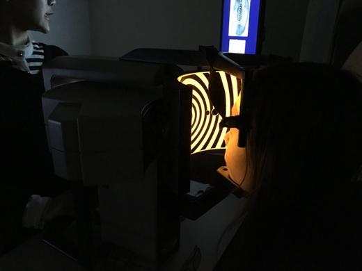【台中眼科推薦】眼科醫師推薦的全無刀近視雷射,讓我術後不擔心會有後遺症※這位近視雷射手術權威真的很值得信賴