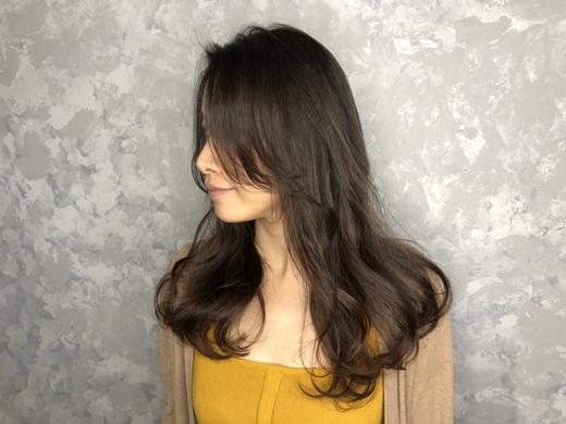 【高雄染髮推薦】燙髮後臉看起來真的變小∥髮型設計師介紹/美髮沙龍比較※護髮髮品眾多,髮廊內有適合各種髮質、頭皮問題的最佳髮品喔