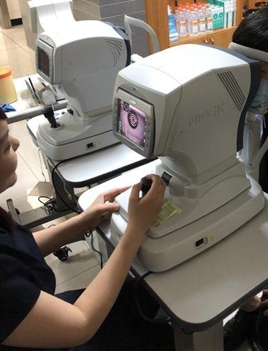 【台中近視雷射推薦】眼科診所比較|選擇經驗豐富的醫師比費用更重要●七次元近視雷射、最新型手術分享