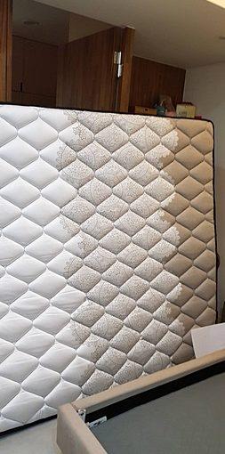 【高雄床墊】推薦台灣本土品牌MIT製造★買起來超級安心~品質一級棒*更不用說店員的服務態度啦!床墊工廠自製~在這裡絕對能挑選到夢幻的乳膠床墊
