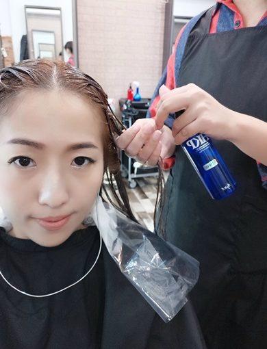 台中【豐原髮廊】推薦資深專業的髮型設計師→不管是染髮或者燙髮都非常拿手▲介紹最優質的美髮店!