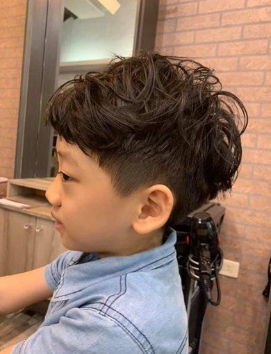 兒童燙髮!這髮型帥慘|豐原染髮達人推薦★設計師大人小孩髮型都厲害~台中必推髮廊再+1