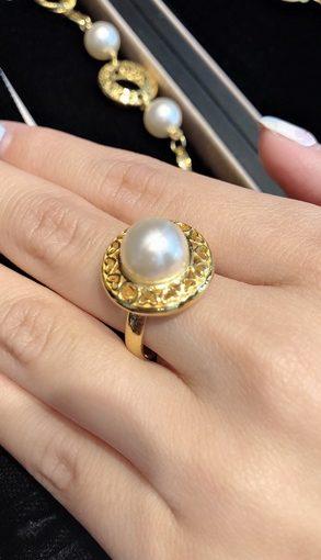結婚金飾→買母親節、情人節還是另一半生日禮物都超多選擇的銀樓,還有鑽石求婚戒指也超美,公司贈品訂製分享