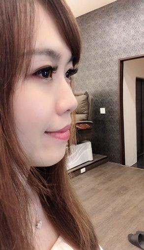 【接睫毛紀錄】台中樂比接了美睫之後眼睛好有神~美睫店就找樂比美學概念館 高端的種睫毛技術分享