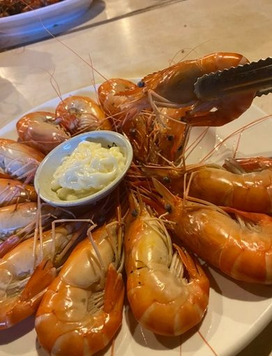 活跳跳泰國蝦,新竹聚餐餐廳推薦◎讓人難忘的好滋味~吃的出活蝦清甜!新鮮海鮮任你選!