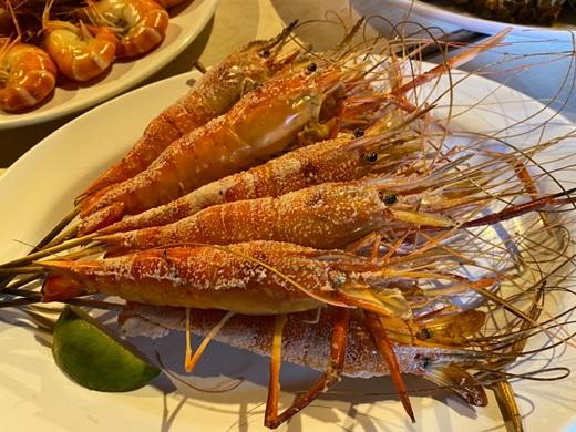聚餐推薦【新竹美食餐廳】愛蝦人士必來,新鮮海鮮首選!大口泰國蝦好滿足~