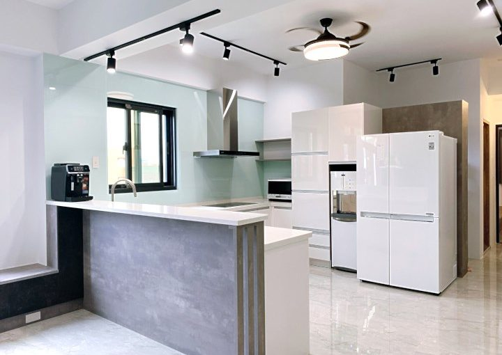 台中[室內設計]一步步看著房子完美起來,好專業的工班與設計師,從毛胚屋開始裝潢,廚具、系統櫃都太棒了!推薦!