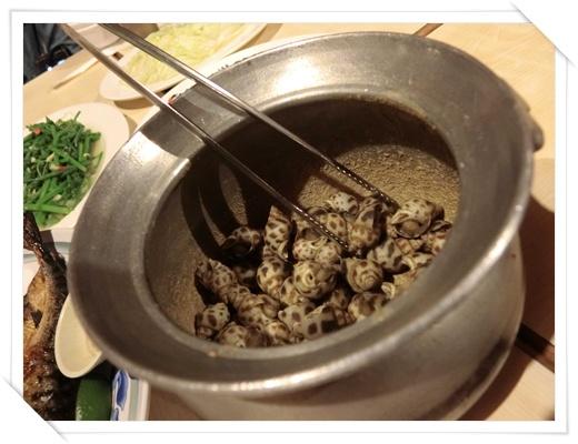 【新竹活蝦餐廳】一家人到新竹旅遊找推薦的餐廳聚餐,我們慕名到黃金海岸餐廳吃活蝦美食!!