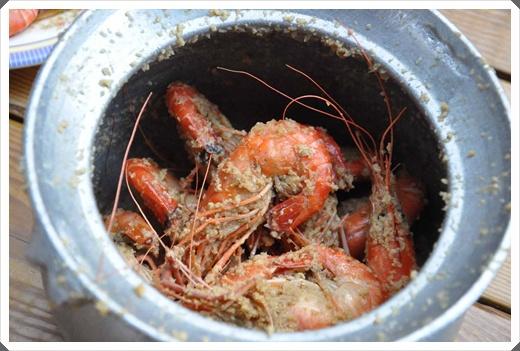 【新竹海鮮】新竹竹北宵夜海鮮美食吃到飽餐廳分享,推薦黃金海岸活蝦之家讓我們吃的好滿足~