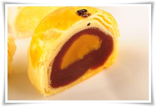 【中秋月餅分享】好吃中秋節月餅禮盒宅配訂購分享~怎麼會有這麼好吃的月餅哩!!!