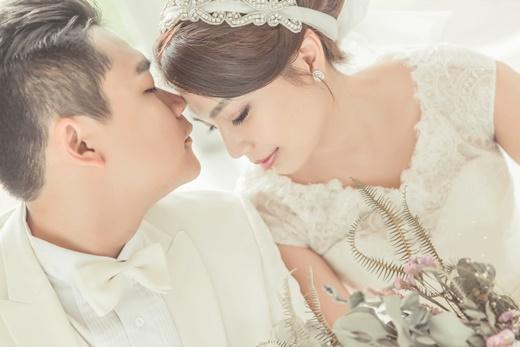 【台灣婚紗】台中婚紗照滿滿讓我微笑的回憶分享,比預期更高水準的手工婚紗禮服,評價比預期更高水準的台灣婚紗。