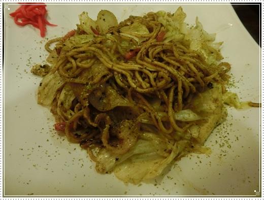 【台中美食餐廳】推薦台中聚餐的好地方!!我女兒最愛御三家日本料理聚餐餐廳串燒燒烤,相當道地又美味!!