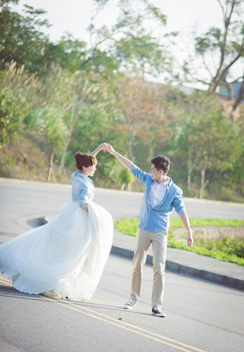 【台中婚紗推薦】台灣婚紗公司是讓我們覺得不後悔的頂級台中婚紗店!婚紗攝影技術有許多網友推薦!