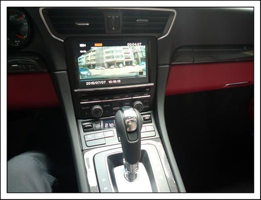 【台中汽車音響】台中汽車改裝店的師傅專業度跟態度最吸引我。除了汽車音響和行車紀錄器安裝外,還有很多周邊配備。