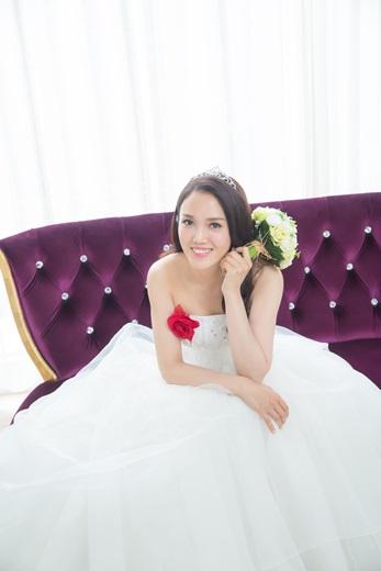 【台中婚紗公司推薦】台中婚紗店評價推薦!找到台灣相當有品質的婚紗公司,不僅手工禮服相當精緻又獨一無二,服務也超用心又貼心