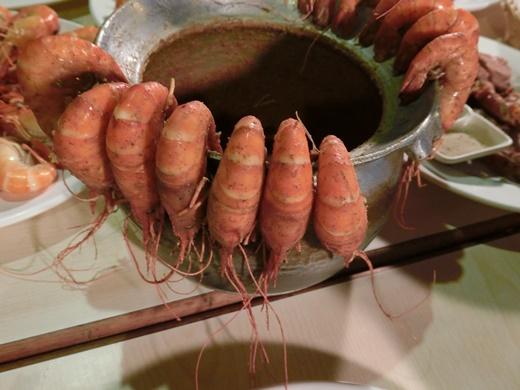 【新竹聚餐】新竹泰國蝦美食餐廳推薦,下班後小聚好開心~同事推薦的檸檬蝦好美味,銷魂的蝦料理~感謝好同事介紹這麼棒的餐廳!