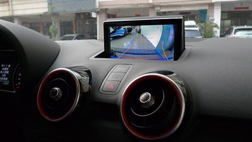 【台中汽車改裝】台中汽車音響專賣店|倒車雷達安裝分享,影音介面、行車紀錄器介紹必裝款!