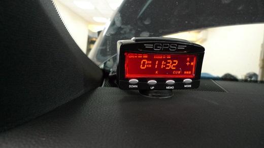 【台中汽車音響】還沒買車,就將這專業的汽車改裝店家納為口袋名單!真的不論是測速器安裝還是倒車雷達都是我的首選店家