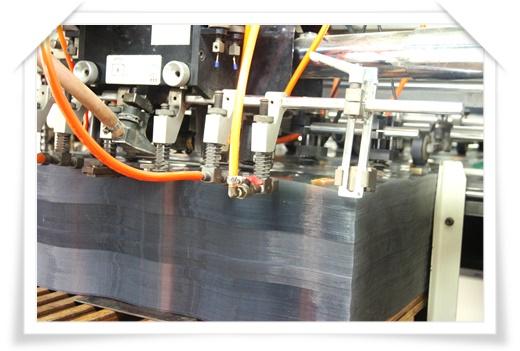 【紙盒彩盒印刷】PP塑膠包裝工廠在台北算滿有規模的製作廠,這次製作的塑膠PP吊牌就很有質感呢!