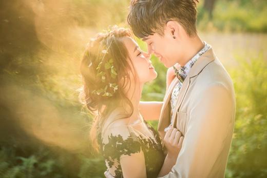 【台中婚紗推薦】頂級台灣婚紗公司●婚紗攝影風格多變◎婚紗款式流行-婚紗包套價格實在|婚紗拍攝-最美麗的新嫁娘