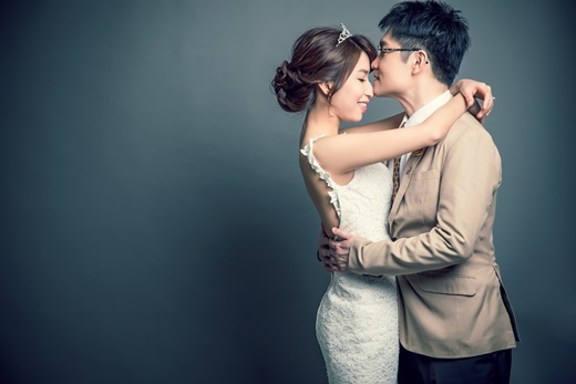 【推薦婚紗公司】台中頂級婚紗|台灣我們選中的專業婚攝,價錢也令我們滿意!推薦非常重質感的婚紗攝影公司